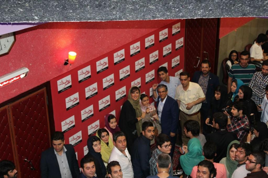 ازدحام در سینما استقلال