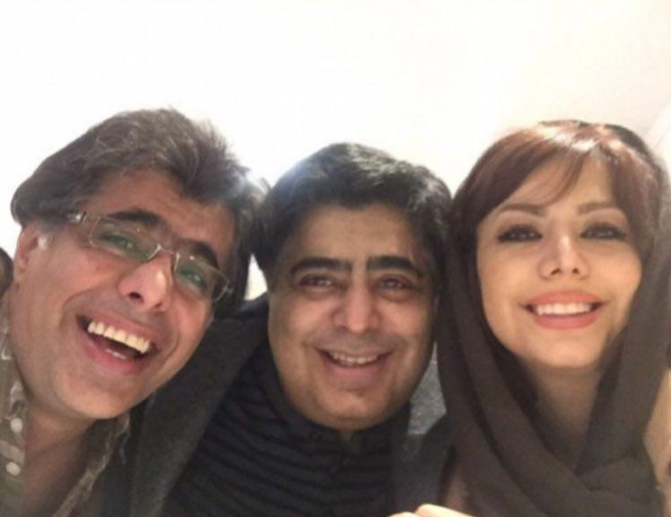 رضا شفیعی جم در میان خواهر و برادرش