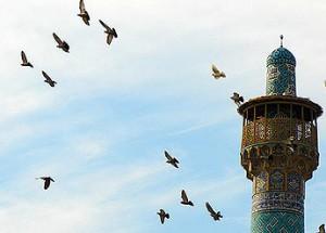 اذان با صدای دریا اذان ظهر عید غدیر با ترجمه شهریار و صدای موذن زاده روی ...