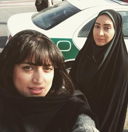 """بهاران بنی احمدی(راست) در نمایی از """"آخرین بار..."""""""