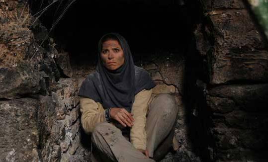 """سحر دولتشاهی در نمایی از """"دونده زمین"""""""