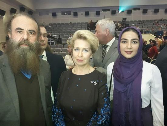 امیرحسین شریفی و سارا صوفیانی در کنار «سوتلانا مدودف» همسر نخست وزیر روسیه