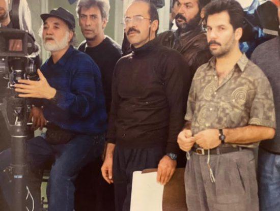 """حسین ملکی پشت دوربین در پشت صحنه فیلم """"گروگان"""" در کنار حسین فرحبخش و اصغر هاشمی"""