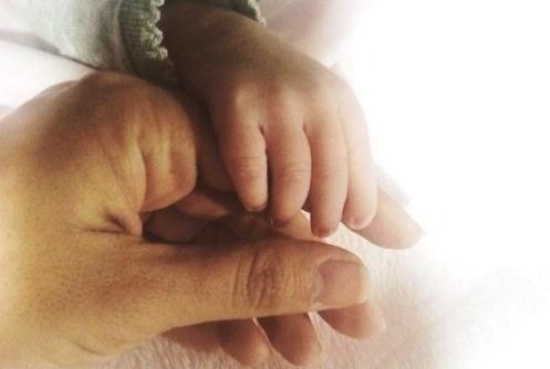 شبنم قلی خانی و فرزندش