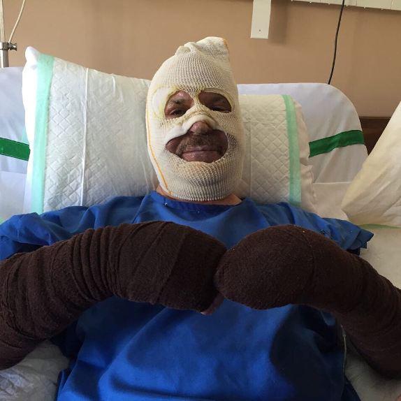 فریبرز لاچینی در تخت بیمارستان