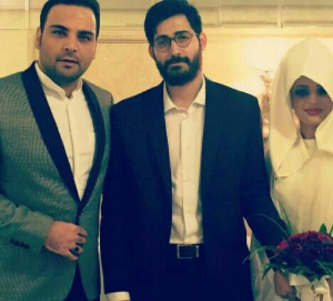 """احسان علیخانی در کنار زوجی که """"ماه عسل"""" اسباب ازدواجشان را فراهم کرد"""