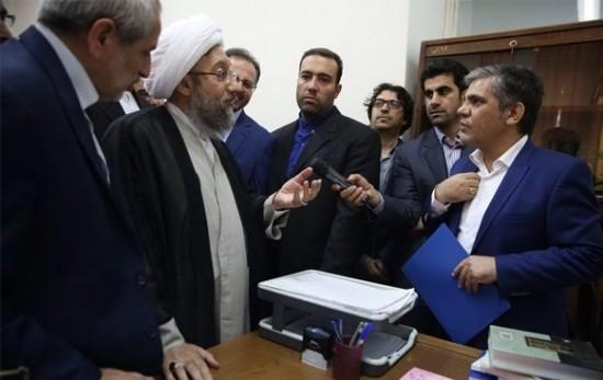 منصور لشکری قوچانی در دادسرای فرهنگ و رسانه در برابر رییس قوه قضاییه