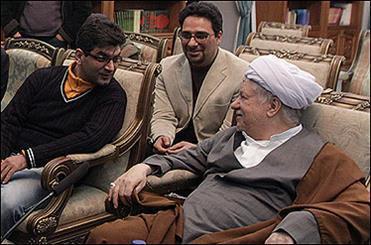 آیت ا.. رفسنجانی در کنار علی عطشانی/اصل عکس