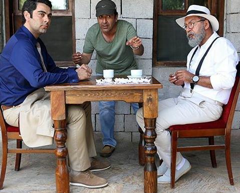"""سعید ابراهیمی فر در پشت صحنه """"آن دیگری"""" در کنار افشین علیزاده و فربد نامور"""