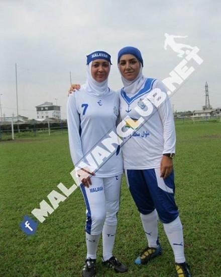 نیکی کریمی در کنار مریم ایراندوست