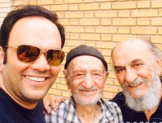 سیدمحمد امامی(چپ) در کنار پدر(راست) و پدربزرگ خود