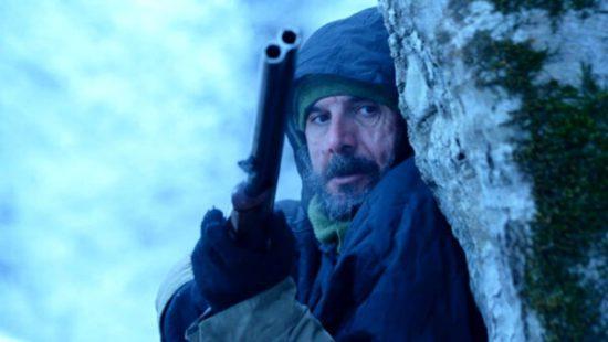 امین حیایی در فیلم برف آخر