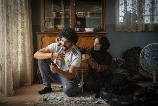 """گلاره عباسی و سینا مهراد در """"شادروان"""""""